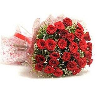 27 Adet kırmızı gül buketi  Kırşehir çiçek satışı