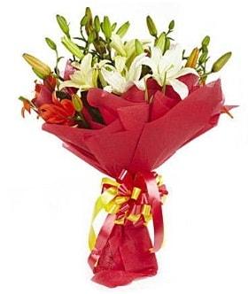 5 dal kazanlanka lilyum buketi  Kırşehir çiçek yolla , çiçek gönder , çiçekçi
