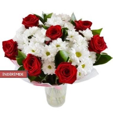 7 kırmızı gül ve 1 demet krizantem  Kırşehir çiçek yolla , çiçek gönder , çiçekçi